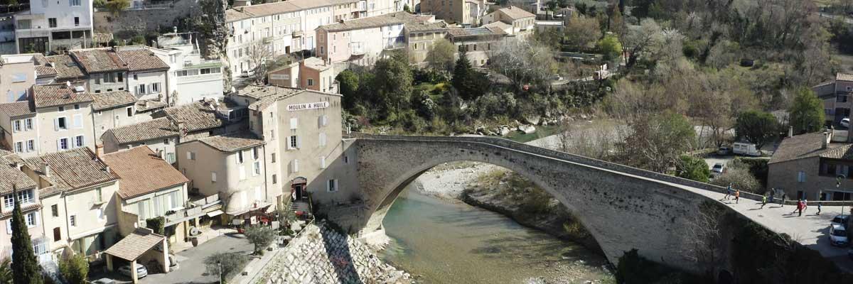 Le Pont Romans de Nyons vue du drone